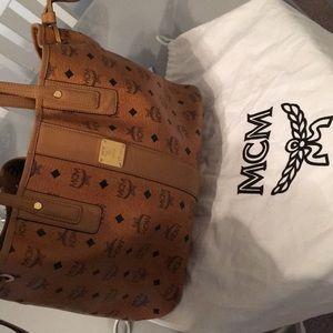 Authentic MCM Medium Liz Reversible Shopper